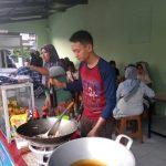 Makan Seafood Enak di Food Station Pondok Bambu