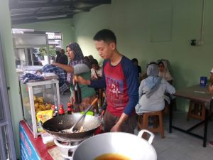 Seafood Food Station Pondok Bambu